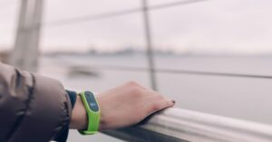 best fitness bands for running and workouts under Rs.2500
